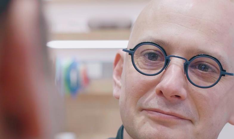 Pourquoi les lunettes qui sortent de nos boutiques sont uniques ?